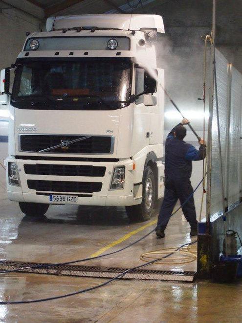 lavado_alta_presion_camion